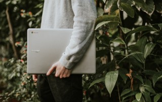 8 Reasons to Consider Studying Online for Your MBA