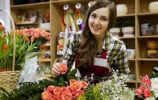 find seasonal employees