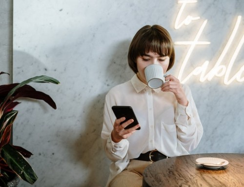 Seven Reasons to Let Employees Have Access to Their Cell Phone During Work Hours